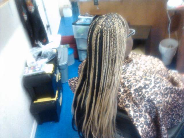 Box Braids with open ends i did
